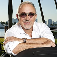 Photo by Jesus Cordero.With Emilio Estefan