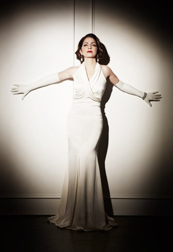 Photography by Jesus Cordero. Gloria Estefan